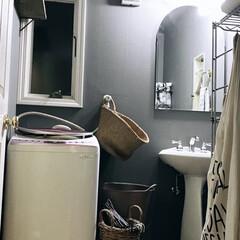 壁紙/改装/暮らし/DIY 洗面所の壁紙張り替えました。 シロからの…
