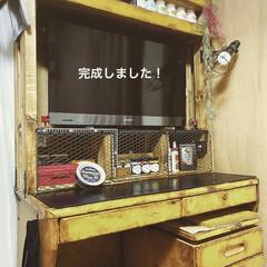 ターナー色彩 水性ペイント アイアンペイント アイアンブラック IR200009 200ml(絵の具)を使ったクチコミ「前に投稿した テレビ台兼作業机!  ベー…」