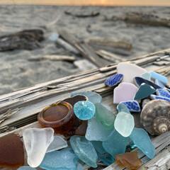 海/シーグラス 今日、夕方から日が沈むまで 海に行って来…