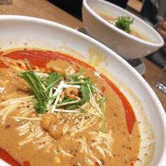 はらぺこグルメ 東京の池袋にある飯塚で担々麺を食べました…(1枚目)