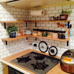 DIY/キッチン/キッチン雑貨/インテリア 生活感丸出しのキッチンを少しでもお気に入…(1枚目)