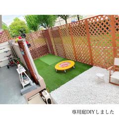 庭のある暮らし/庭づくり/小さな庭/専用庭/団地インテリア/BOHOインテリア/... 𖠿𖤣𖤥 . #専用庭 の #diy しま…