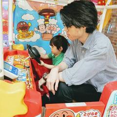 子供/家族/おでかけ 息子が興味津々に見てたので一緒にアンパン…
