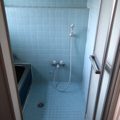 浴室リフォーム/お風呂場/Amazon/バス/ダイソー/セリア/... 新しい綺麗なお風呂場の投稿を見ながら羨ま…(2枚目)