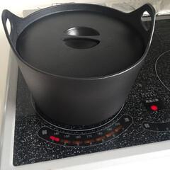 イッタラ/鍋/北欧/かもめ食堂/ご飯/煮物/... 我が家は、ご飯も煮物も イッタラの鍋です…