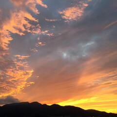 今日の空/ドラマチック/風景画/夕焼け 今日の空。 ちょっとドラマチックでドキド…