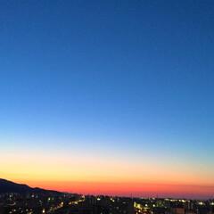 私のおうち自慢/窓からの風景/夕暮れ/夕焼け/楽しみ/おうち自慢 わたしのおうち自慢。 窓から見える風景は…