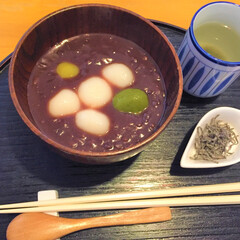 今日のスイーツ/ぜんざい/小豆/昆布茶/美味しい 今日のスイーツ。 和の甘味をいただきます…