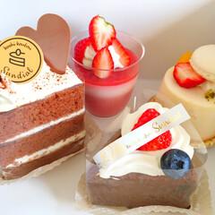 しあわせご飯。/わたしのご飯。/ケーキ/別腹/サンディアル/いちご/... しあわせご飯。 食事の後のデザートに。 …