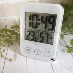 わたしのおきにいり/イケア/温湿度計付き時計/わたしのお気に入り イケアの温湿度付き時計。 シンプルで機能…