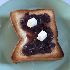 美味しいモノ/カルディ/あんこジャム/病みつき/バター/あんバターパン 今日の美味しいモノ。 カルディのあんこジ…