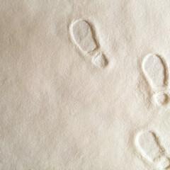 お気に入り/足あと/雪の上/メルヘンチック 雪の上に残った足あと。 メルヘンチックな…