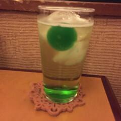 私のご飯/まりもハイボール/釧路/わたしのごはん 釧路で飲んだ、まりもハイボール。 緑のゼ…
