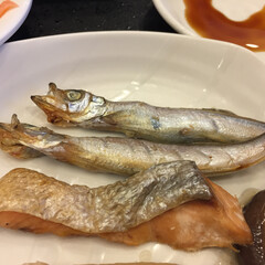 おでかけワンショット/ラビスタ釧路川/シシャモ/鮭 釧路のホテル朝食。 釧路といえばシシャモ…(1枚目)