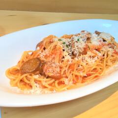 私のご飯。/しあわせ/羊肉/ソーセージ/トマトソース/パスタ/... しあわせご飯。 羊肉のソーセージが美味し…