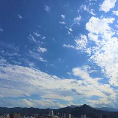 今日の空/雲/晴れ/天気 今日の空。 晴れていると気持ちも弾みます…