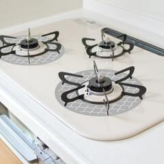 コンロ/キッチン/ガスコンロ/キッチン掃除/コンロ掃除/キッチンリセット/... コンロの1番汚れる部分、集中型マット!か…