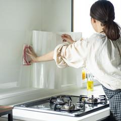 壁面シート/壁面カバー/壁/キッチン/キッチンパネル/油ハネ/... 貼りやすさUP!空気溜まりが抜けて気泡や…