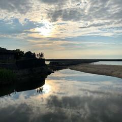 夕暮れ時/お出掛け/こどものいる暮らし/海/旅行/風景/... 淡路島の海で遊んだ後の夕暮れ時の写真(〃…