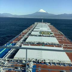 富士山 海から富士山  雪の富士山、いい感じ🎵