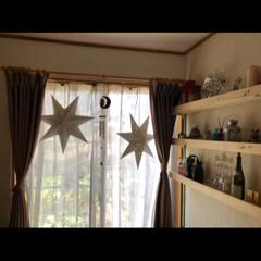 窓/マイルーム/実家/ダイソー/DIY/収納/... 実家にいた時の自分の部屋 棚はお父さんに…