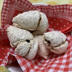双子プルーン/手作りしそ巻き 今日の頂き物😻  ココナッツマカロン し…