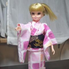 おもちゃ/人形の洋服/ハンドメイド/100均/リカちゃん リカちゃんの浴衣初挑戦!ミシンでやればよ…(1枚目)