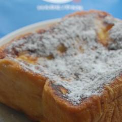 厚切りフレンチトースト/ハレパン/食パン専門店/フレンチトースト/あさごぱん/朝ごはん/... 先日食パン専門店で購入したパンで フレン…(1枚目)