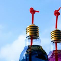 青空/ミニカー/電球ボトル/バタフライピー/ベランダから見た空/おうち時間/... ベランダから見た空です。 昔子供が夜市の…