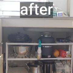 「台所のシンク下の模様替えをしました。 棚…」(1枚目)