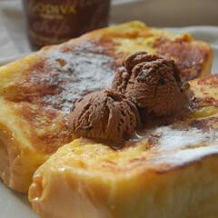エーワンベーカリー/食パンアレンジ/アイスのせ/GODIVA/フレンチトースト/おうち時間/... 頂き物のGODIVAのアイスを使って、 …