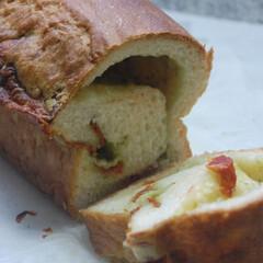 朝ごパン/とろけるチーズ/バジルソース/ドライトマト/おかずパン/食パン/... 手作りドライトマト、バジルソース、とろけ…