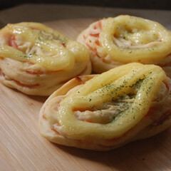 ハムマヨパン/あさごぱん/朝ごはん/ホームベーカリー/パン作り/手作りパン/... ハムマヨパンを作りました。 マヨラーの息…(1枚目)