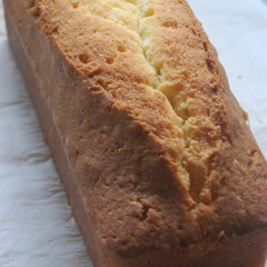 発酵バター/バターケーキ/パウンドケーキ/お菓子作り/手作りスイーツ/おうち時間/... 発酵バターを使って パウンドケーキを作り…(1枚目)