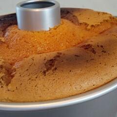 シフォンケーキ シフォンケーキなんとかふくらみました