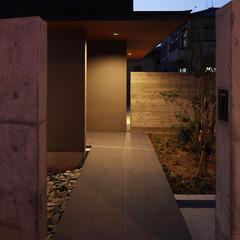 住宅/家づくり/玄関アプローチ/アプローチ/ポーチ 海 望む家 ー景色をゆったりと愉しむ家ー…
