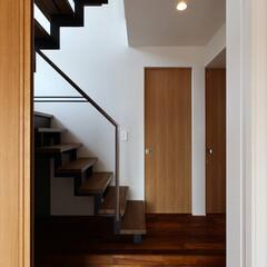 階段/階段ホール/廊下/住宅/家づくり 海 望む家 ー景色をゆったりと愉しむ家ー…
