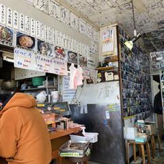ボリューム満点/海鮮丼 今日の昼は苫小牧のマルトマ食堂 平日だけ…(4枚目)