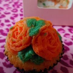 花葉っぱバターケーキ/バレンタイン2020 美味しすぎるバターケーキピンク色じゃない…