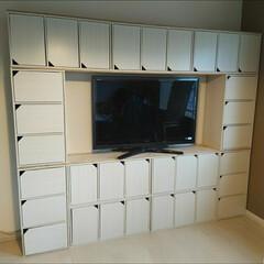 モジュールボックス 扉付 MDB-3D アイリスオーヤマ棚 シェルフ 木製シェルフ フリーラック 収納棚 フリーラック おしゃれ シンプル | アイリスオーヤマ(オープンシェルフ)を使ったクチコミ「カラーボックス11個で憧れの壁面収納付き…」