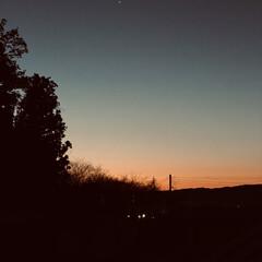 星/月/朝焼け/朝 おはようございます٩(*´꒳`*)۶ 今…