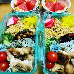 秋田安くていい暮らす家/エイハウス/ダイソー/お弁当/グレープフルーツ おはようございます🍀 あまりもの弁当 今…