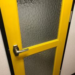 ここが好き 黄色いドア