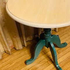 洋風/可愛い/かわいい/綺麗/猫/ティータイム/... 洋風な我が家に合うテーブル! 天気がいい…