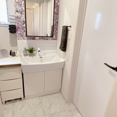 建売でも諦めない/建売住宅/洗面台リメイク/洗面台DIY/DIY/建売住宅洗面台 ごくごく普通の建売の洗面台を 自分好みに…