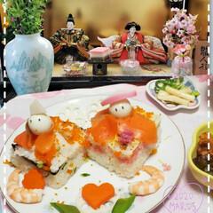 チラシ寿司雛/1日遅れ/フォロー大歓迎/ひな祭り/住まい/暮らし 昨夜は、 1日の遅れの雛祭り〜 なんだか…