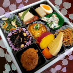 夕食のおかず/和食/我が家の夕食/お惣菜/お惣菜活用/手抜き夕食/... お惣菜売り場には 美味しそうなのがいっぱ…