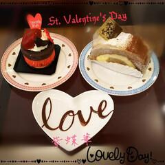 バレンタインケーキ/くちびる/love/ケーキ/バレンタインスイーツ/フォロー大歓迎/... 大人めな?Valentine❣️  💖チ…