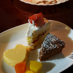 いちご/ハート型/プリンの容器/ケーキの盛り合わせ/ワンプレート/100均雑貨/... 娘2人に誕生日ケーキ  ケーキ盛り合わせ…(4枚目)