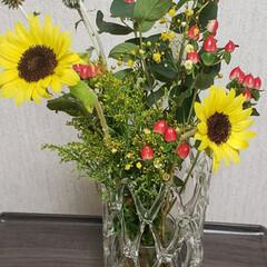 可愛い花/ありがとう/子供たちからのプレゼント/花のある生活/花のある暮らし/花束/... 誕生日に子供達から もらった可愛い花束た…(2枚目)